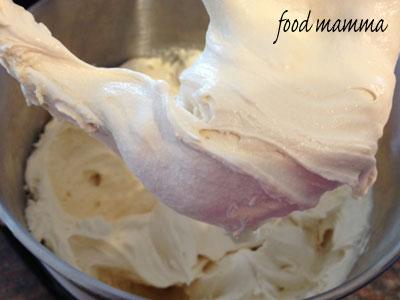 how to make ice cream using liquid nitrogen