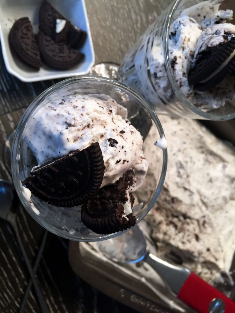 No Churn Cookies & Cream