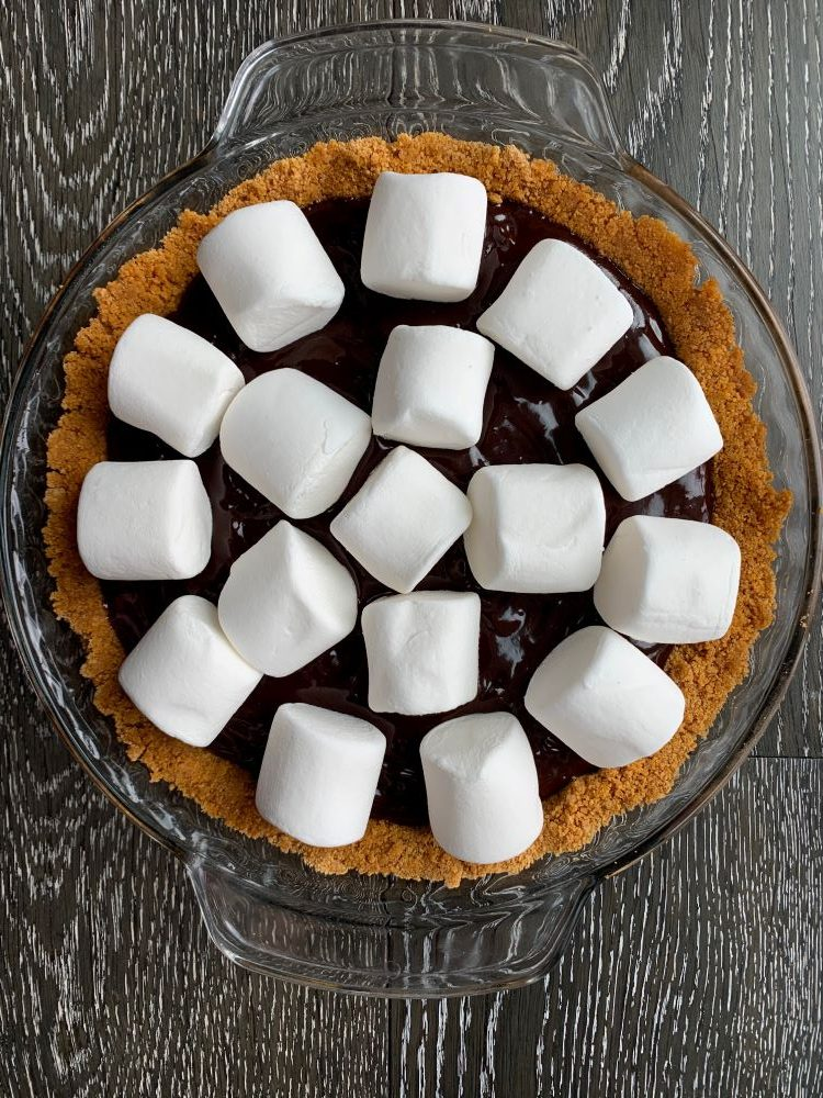 Smore's Pie - Marshmallow Layer
